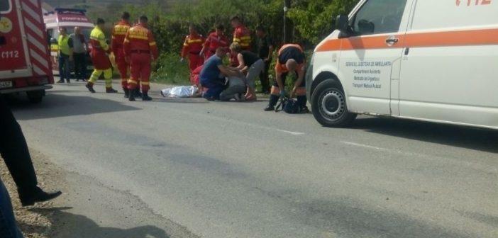 VIDEO – Tragedie în Cetatea de Baltă. Un copil de 10 ani a fost lovit mortal de o mașină în timp ce traversa strada