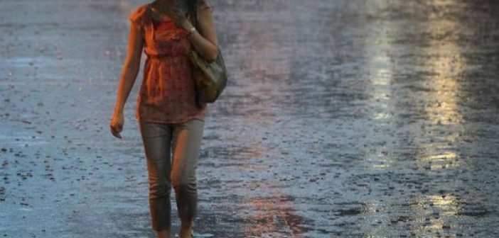 TRANSILVANIA : Cod galben de ploi și descărcări electrice