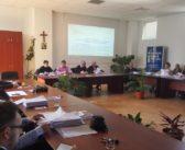 Primarul Mircea Hava le administrează consilierilor locali câte o tabletă minune. Rețeta a fost prescrisă de o firmă de casă a Autorităților Publice din Alba