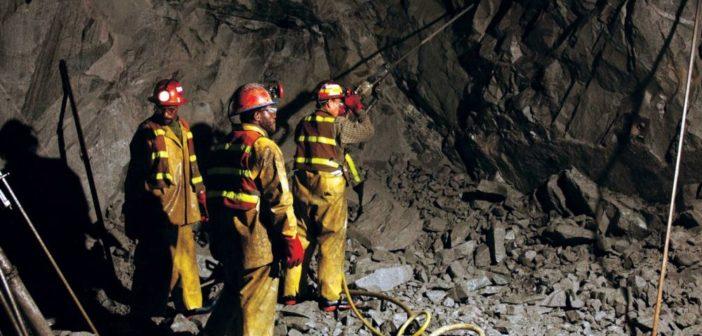 O nouă TRAGEDIE în mineritul românesc. Un miner a murit, iar un altul a fost GRAV rănit, după ce tavanul unei galerii s-a surpat