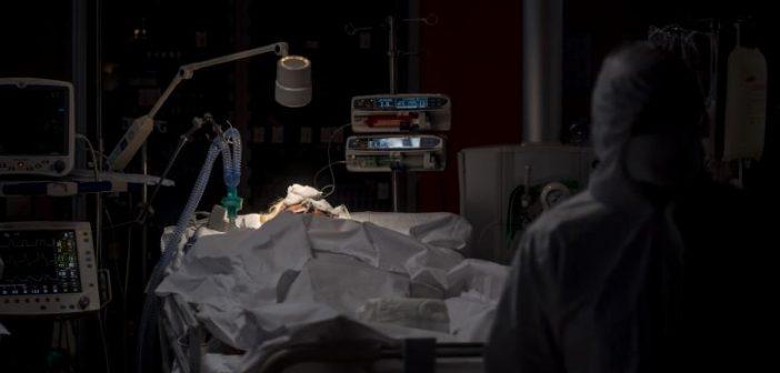 O nouă victimă confirmată cu COVID 19 moare în Alba. Este prima femeie.