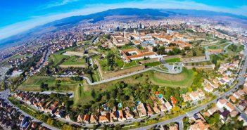 Primăria Alba Iulia cucerită prin învăluire, blaturi și nelipsitele promisiuni!