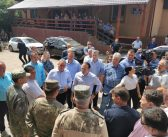 """Ministrul de Interne Lucian Bode, în Vizită la Ocoliș: """"În urma evaluării pagubelor înregistrate, Guvernul Cîțu va asigura în regim de urgență ajutoarele necesare pentru a veni în sprijinul populației afectate. Solidaritatea în aceste momente este foarte importantă si necazul care s-a abătut în urmă cu câteva zile peste oamenii din cele 13 localități din județul Alba va găsi un răspuns urgent din partea Guvernului""""."""